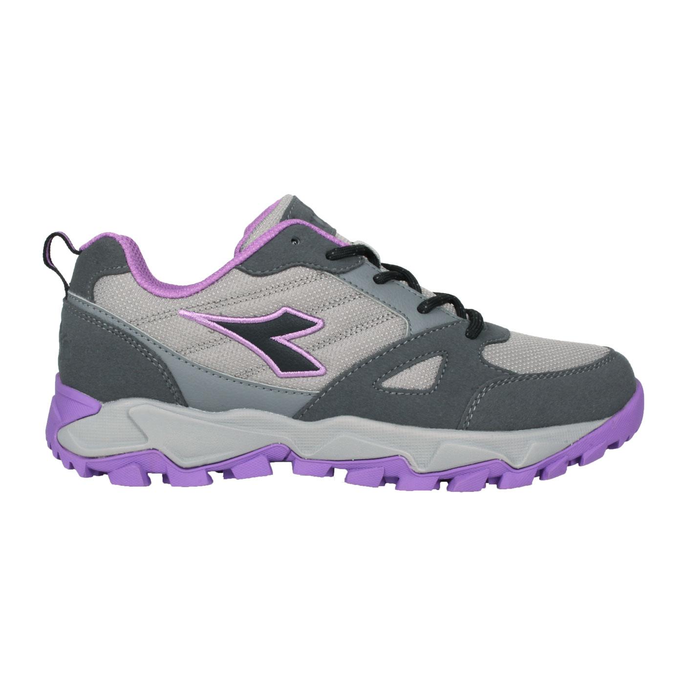 DIADORA 女款戶外野趣運動鞋 DA31638