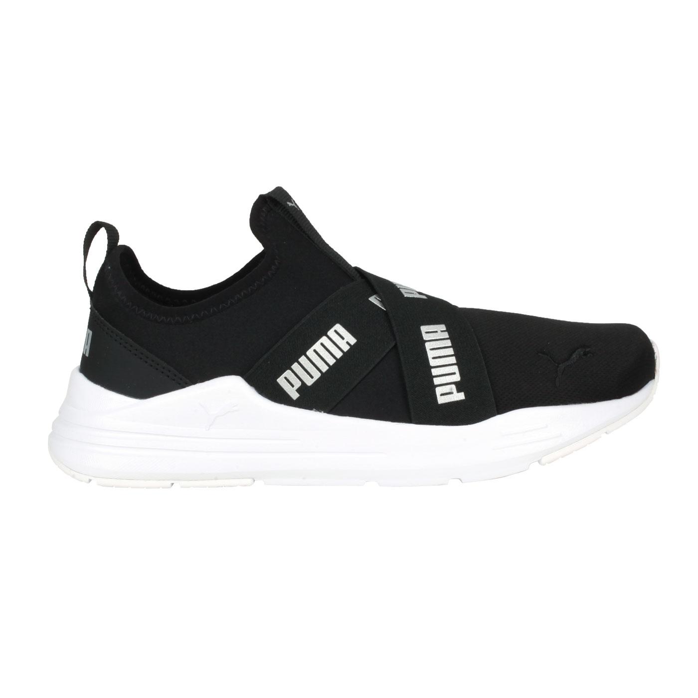 PUMA 女款休閒鞋  @Wired Run Slipon Wmns@38229901 - 黑銀