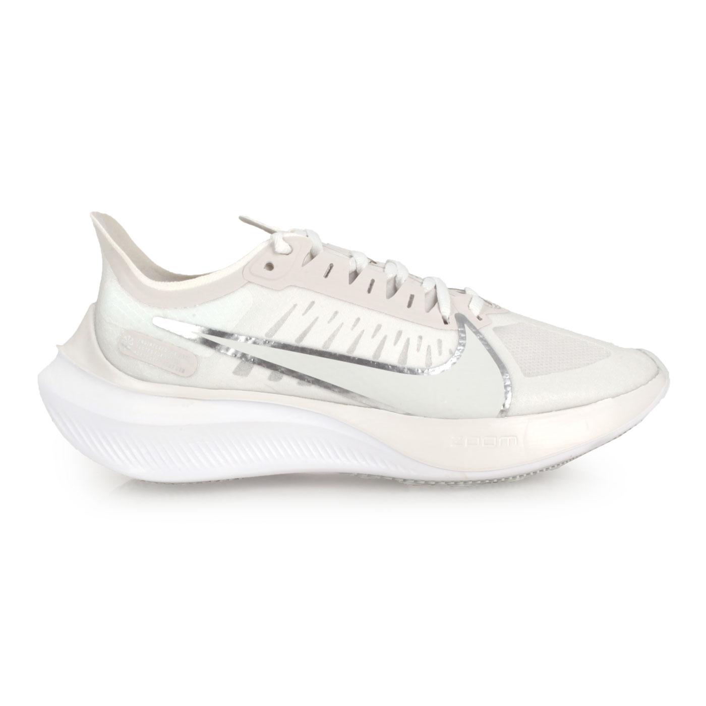 NIKE 女款慢跑鞋  @WMNS  ZOOM GRAVITY@BQ3203001 - 白銀