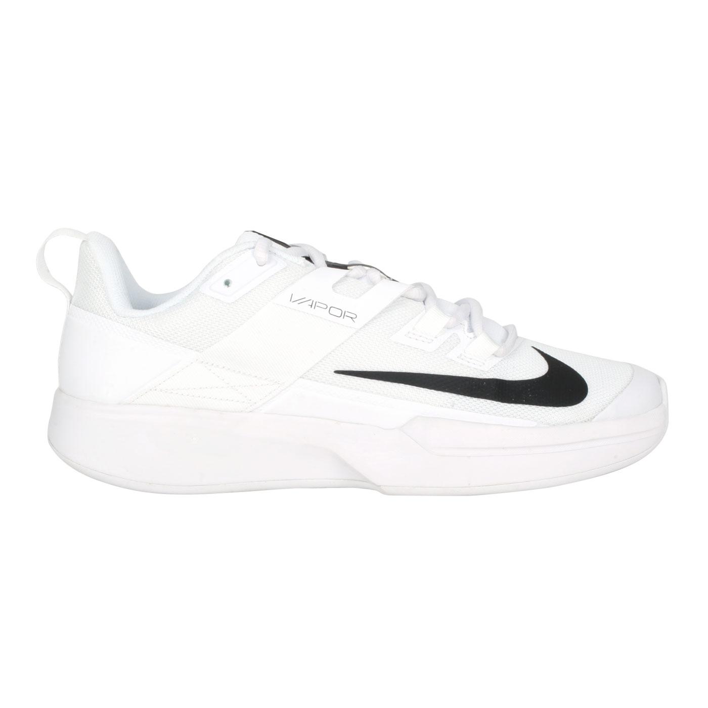 NIKE 男款網球鞋  @M VAPOR LITE HC@DC3432-125 - 白黑
