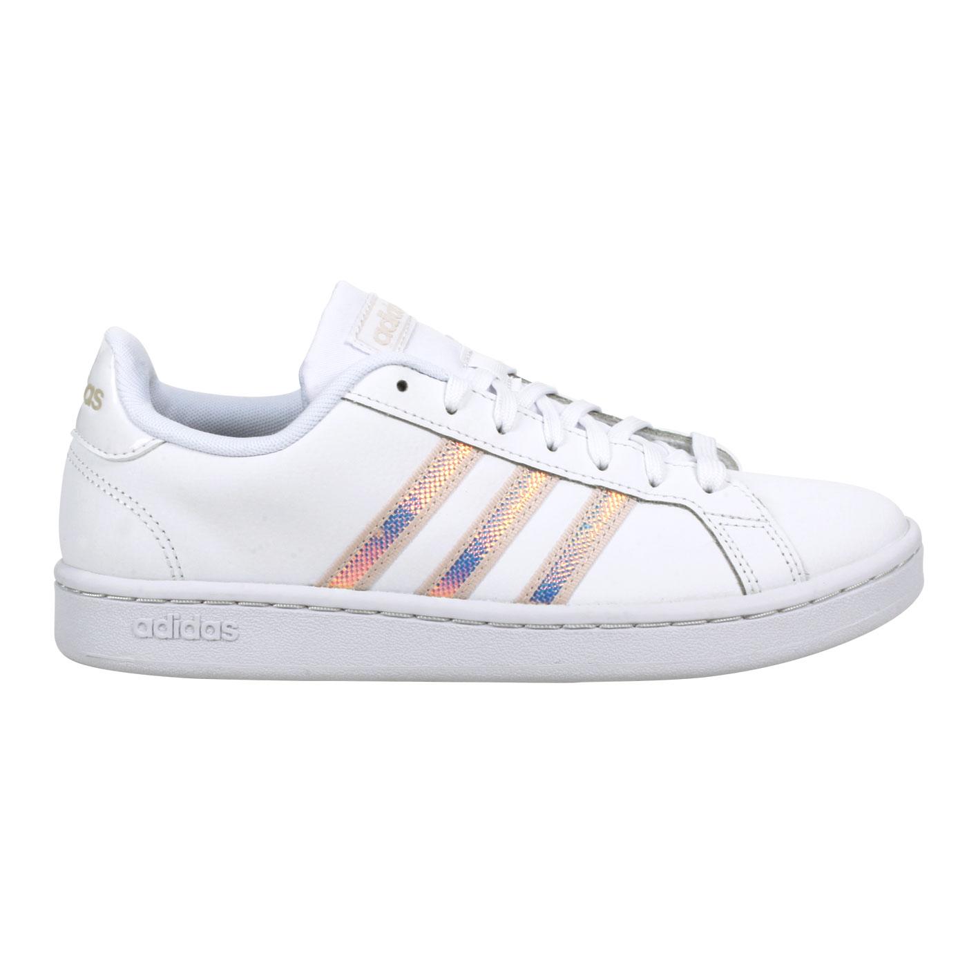ADIDAS 女款休閒運動鞋 FW3734 - 白淺棕銀