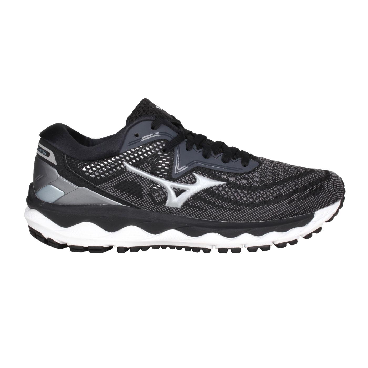 MIZUNO 女款慢跑鞋  @WAVE SKY 4@J1GD200234 - 黑灰銀
